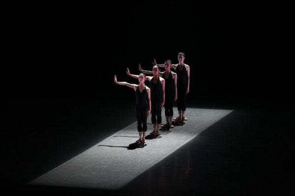 2015年公演より『VAttitude』©瀬戸秀美