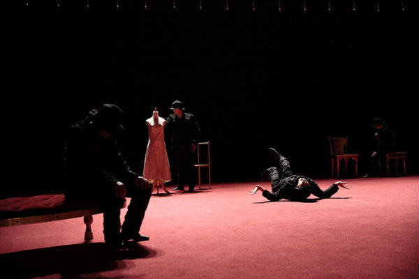 Noism0『愛と精霊の家』撮影:篠山紀信