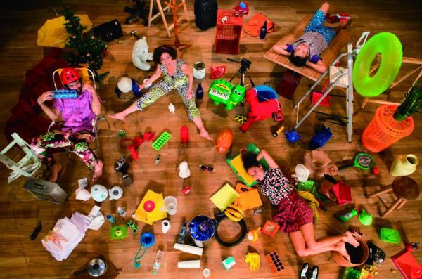 ダニ・リマ『Little collection of everything』 2013 photo: Renato Mangolin
