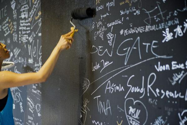 アジアン・サウンズ・リサーチ『OPEN GATE 動き続ける展覧会』ペナン島(マレーシア) 2015 photo: Win Win 提供:Asian Sounds Research